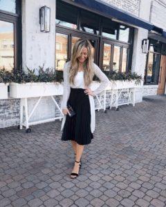 black-pleated-midi-skirt